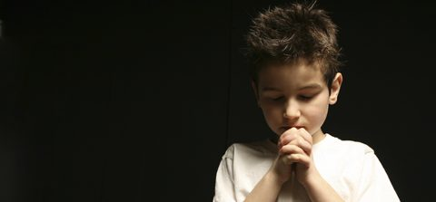 Non church kids praying